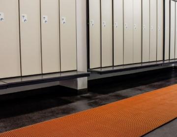 nerostep riietusruumi pehme põrandamatt rullis oranze