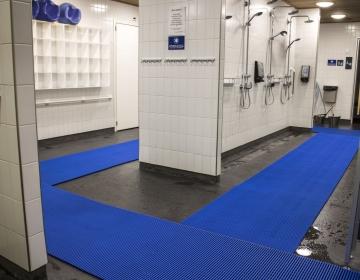 Pesuruumi põrandamatt kate 1